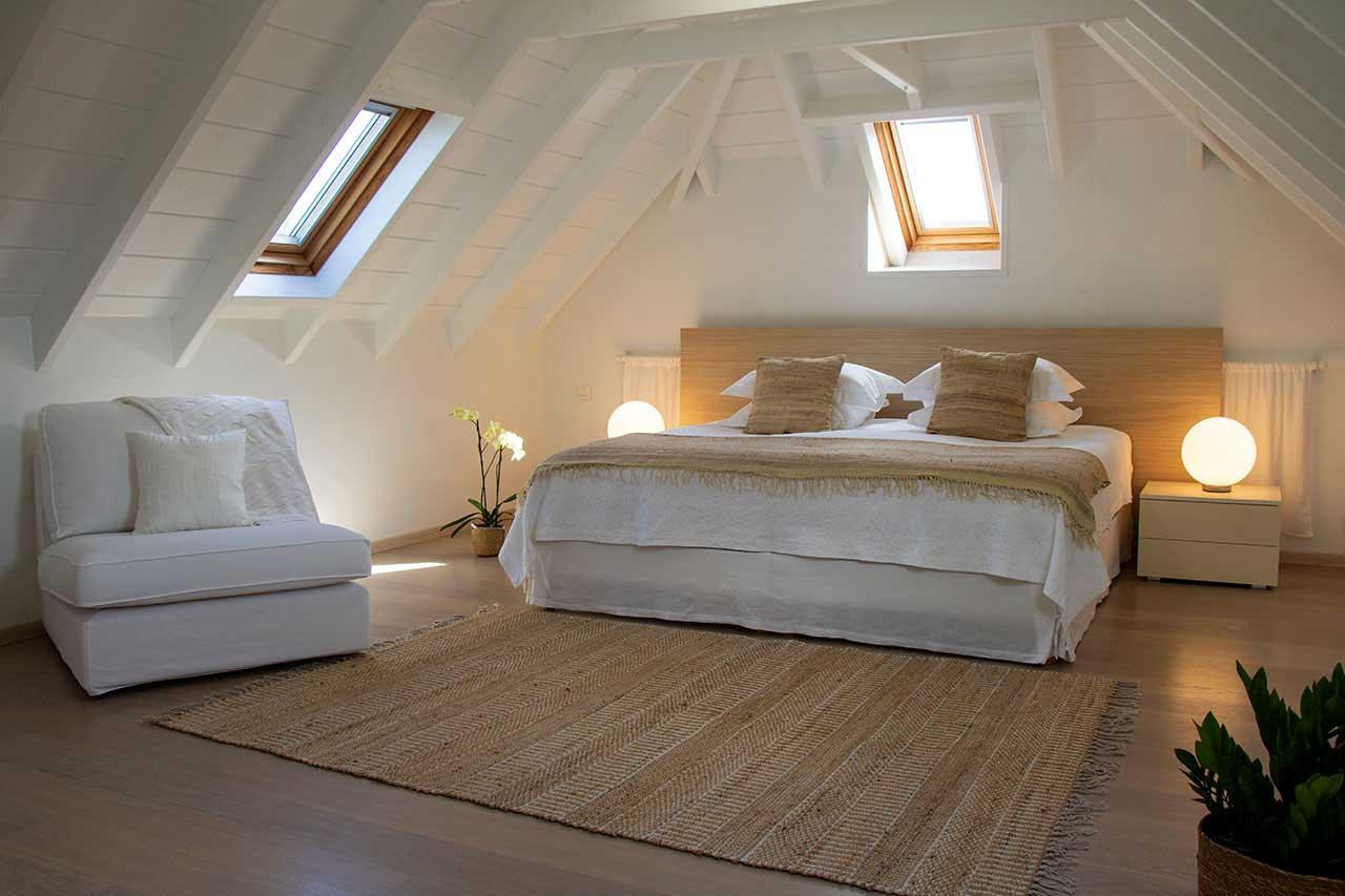 Villa La Roche dans l'Eau : Master Bedroom